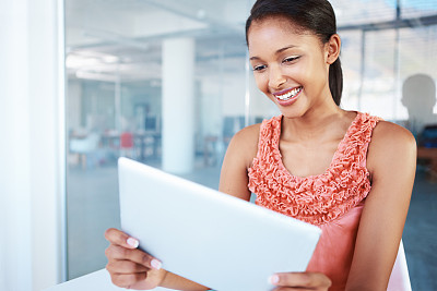女人,现代,进行中,游戏,办公室,美,留白,水平画幅,注视镜头,电子邮件