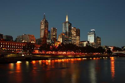 夜晚,城市天際線,墨爾本,弗林德斯街站,暮光之城系列,亞拉河,澳大利亞文明,水,天空,留白