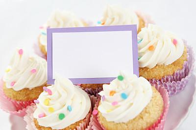 女婴,庆生会,礼物标签,贺卡,水平画幅,无人,蛋糕,生日,甜点心,空的