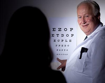 视力测验,美,青少年,水平画幅,诊疗室,美人,健康,10岁到11岁,白人,男性
