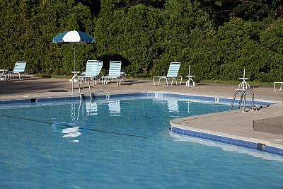 无人,椅子,游泳池,露天平台,水,户外椅,水平画幅,蓝色,夏天,户外