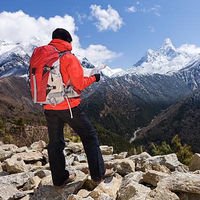 尼泊尔,女人,徒步旅行,山景城,阿马达布朗峰,珠穆朗玛峰,旅行者,仅成年人,明亮,青年人