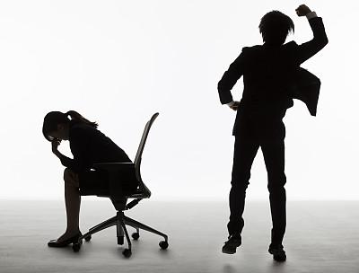 经理,狂怒的,未来,水平画幅,会议,人群,商务会议,男商人,现代,白领