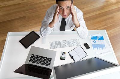 男商人,计算机,问题,计算机病毒,半身像,计算机软件,男性,仅成年人,衬衫领带,过度劳累