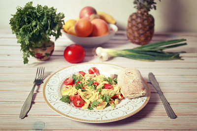 膳食,健康食物,负冲效果,摊鸡蛋,希腊食物,葱,水平画幅,灯笼椒,素食,无人