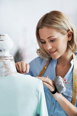 接缝,时尚造型师,垂直画幅,半身像,业主,纺织品,商店,图像,裁缝,仅成年人