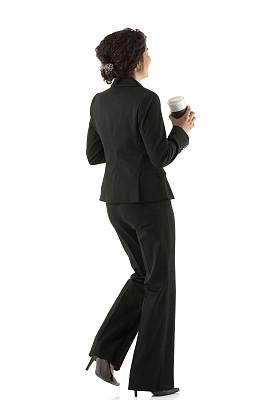 女商人,咖啡杯,波多黎各人,垂直画幅,拉美人和西班牙裔人,侧面像,一次性杯子,套装,高跟鞋,饮料