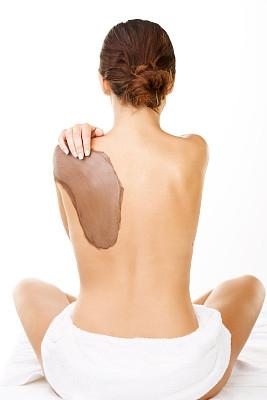 泥疗法,女人,手搭在肩膀上,用毛巾包裹,垂直画幅,半身像,纯净,健康,仅成年人,青年人