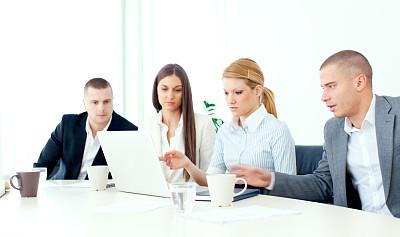 商务,团队,办公室,笔记本电脑,水平画幅,工作场所,会议,人群,商务会议,白人