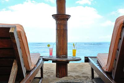 鸡尾酒,果汁,户外椅,沙滩椅,水,天空,美,水平画幅,沙子,无人