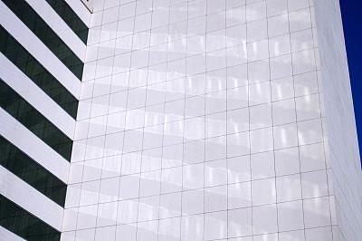 建筑,大特写,极简构图,数字1,外立面,窗户,水平画幅,形状,墙,无人