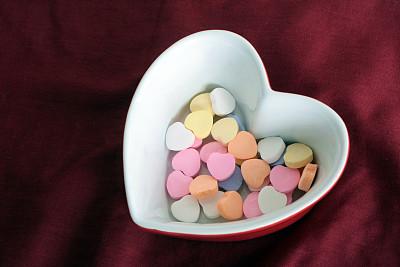 心型,碗,动物心脏,烤碗,甜心,图像聚焦技术,选择对焦,饮食,水平画幅,橙色