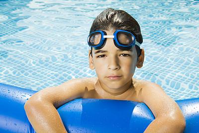 游泳护目镜,水,美,水平画幅,可爱的,蓝色,游泳池,夏天,周末活动