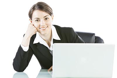 笔记本电脑,女商人,办公室,30到39岁,水平画幅,注视镜头,白人,仅成年人,白领,专业人员