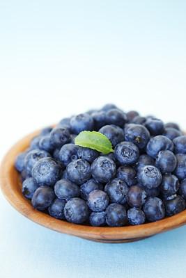蓝莓,碗,垂直画幅,留白,饮食,水果,无人,蓝色,熟的,抗氧化物