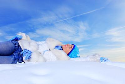雪,女孩,天空,美,留白,度假胜地,休闲活动,水平画幅,美人,户外