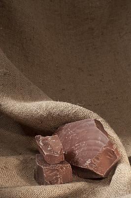 粗麻布,巧克力,块状,黑巧克力,巧克力条,正面视角,食品,无人,巨大的,阴影