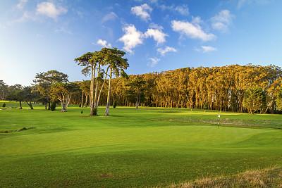 高尔夫球运动,高尔夫旗,自然,水平画幅,绿色,地形,景观设计,无人,全景,黄昏