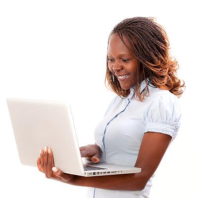 女商人,使用手提电脑,30到39岁,笔记本电脑,电子邮件,美人,非裔美国人,仅成年人,青年人,彩色图片
