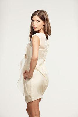 女人,世界时尚,垂直画幅,美,青少年,艺术模特,注视镜头,美人,高跟鞋,完美