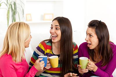 时间,青少年,休闲活动,水平画幅,饮料,白人,咖啡,仅成年人,青年人,友谊