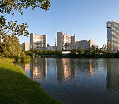 办公室,天空,公园,水平画幅,建筑,无人,蓝色