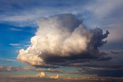 巨大的,云景,云,天空,水平画幅,无人,蓝色,户外,日光,黑云压城