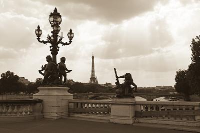 亚历山大三世桥,法国,雕像,巴黎,塞纳河,国际著名景点,城市生活,暗色,美术工艺,照明设备