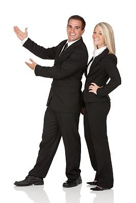 商务,异性恋,做手势,垂直画幅,套装,男商人,仅成年人,长发,青年人,正装鞋