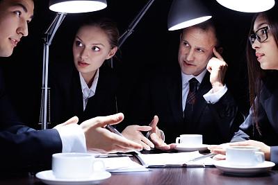 想法,清新,主动,夜晚,商务关系,男商人,文档,经理,男性,仅成年人