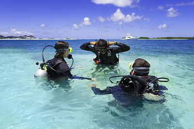 岛,鸡尾酒,绿松石,水肺潜水,潜水,水中呼吸器,巴哈马国,水上运动服,水,休闲活动