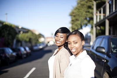 非洲,注视镜头,女商人,快乐,一排人,领导能力,工作年长者,非裔美国人,图像,仅成年人