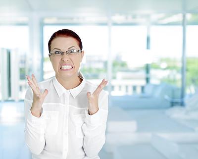 女商人,不高兴的,不舒服,仅成年人,疲劳的,青年人,过度劳累,白色,专业人员,衬衫