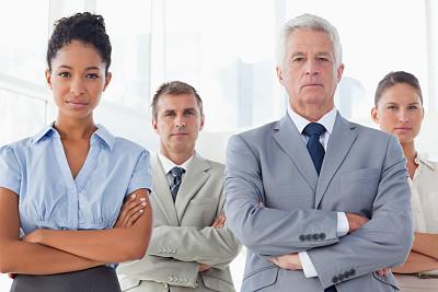 双臂交叉,经理,团队,办公室,美,领导能力,折叠的,水平画幅,注视镜头,美人