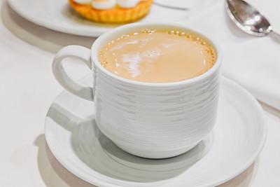 咖啡杯,烤咖啡豆,咖啡店,芳香的,水平画幅,无人,茶碟,热饮,奶油,早晨