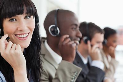 女商人,侧面视角,看,总机人员,办公室,耳麦,水平画幅,注视镜头,电话机,顾客