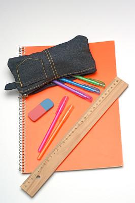 学校用品,铅笔盒,毫米,垂直画幅,办公室,办公用品,板条箱,特写,容器,彩色图片