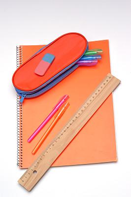 学校用品,铅笔盒,螺旋记事本,毫米,垂直画幅,办公室,办公用品,厘米,木制,无人