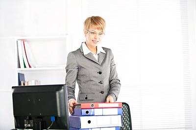 商务,办公室,美,水平画幅,智慧,美人,秘书,套装,白人,男商人