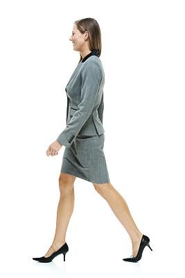 女商人,快乐,垂直画幅,套装,高跟鞋,白人,不看镜头,仅成年人,长发,白领