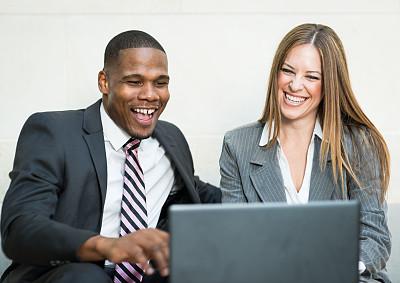 商务,会议,使用手提电脑,忙碌,非裔美国人,男商人,男性,仅成年人,工作面试,青年人
