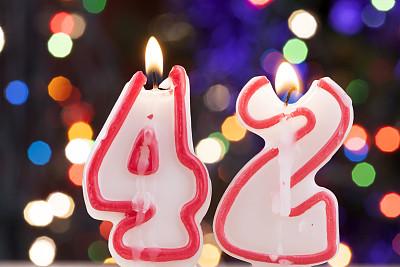 数字,蜡烛,生日蜡烛,青春期,水平画幅,奶油,蛋糕,生日,甜点心,生日礼物