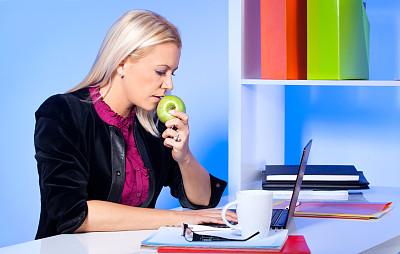 女商人,苹果,青苹果,周末活动,图像,经理,仅成年人,青年人,专业人员,技术