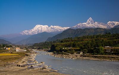 鱼尾峰,安娜普娜山脉群峰,喜马拉雅山脉,尼泊尔,青藏高原,博卡拉,安娜普娜环线,尾鳍,灵性,水平画幅