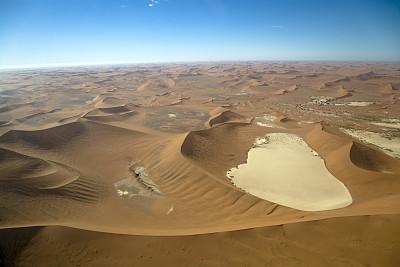 航拍视角,自然美,沙漠,纳米比亚沙漠,苏丝斯黎,纳米布沙漠,盐滩,褐色,水平画幅,高视角