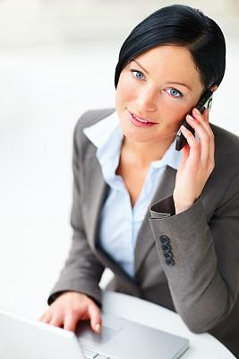 手机,女商人,垂直画幅,半身像,套装,仅成年人,青年人,白色,专业人员,技术