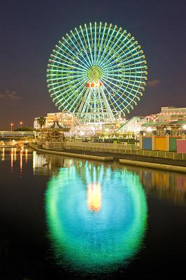 摩天轮,横滨高速铁路,横滨,垂直画幅,水,天空,留白,夜晚,无人,蓝色
