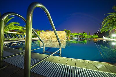 水,酒店游泳池,水平画幅,夜晚,无人,游泳池,图像,静水,泳池边,运动