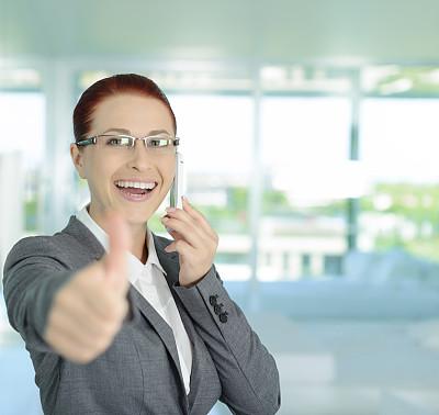 商务,翘起大拇指,好消息,半身像,图像,仅成年人,青年人,专业人员,彩色图片,信心
