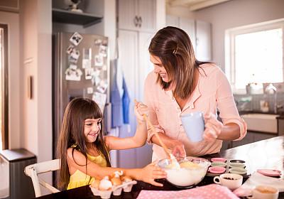 蛋糕,母亲,女孩,成分,木匙,留白,水平画幅,父母,单身母亲,家庭生活